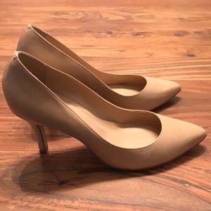 ALDO light tan heels - Size 8 (Euro 38)